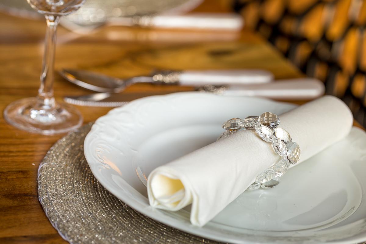 Zastawa stołowa - fotografia wnętrz - detale i design