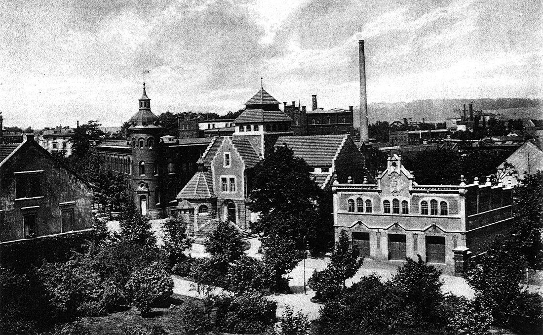 Stary Strzegom - fotografia - remiza i łaźnia