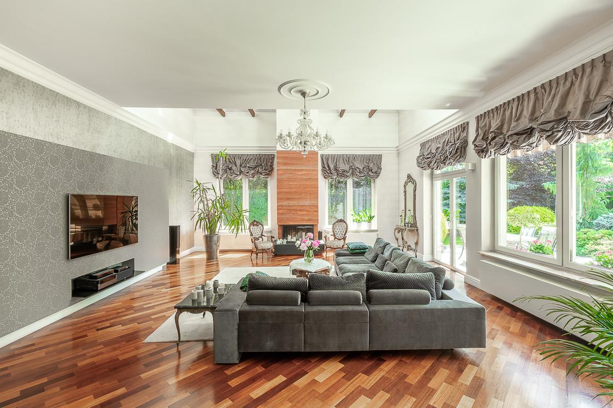 Salon - duża sofa